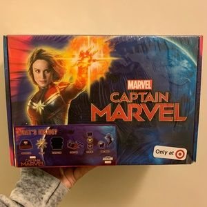 Sealed Captain Marvel Culturefly fan kit